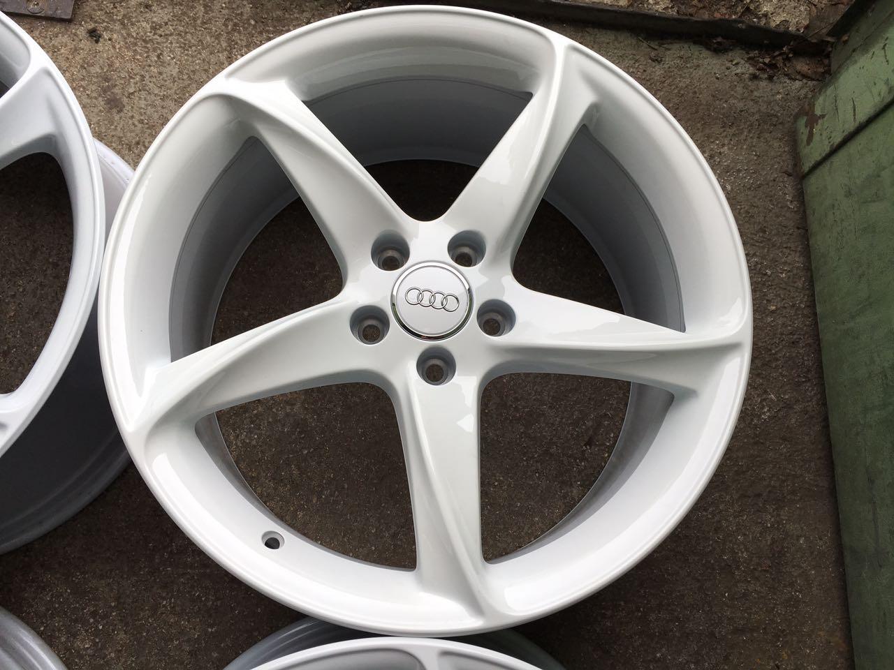 Unieke Witte Originele 19 Inch Audi A3tt Velgen Evt Banden