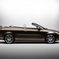 Volvo_C70_facelift_2012_02